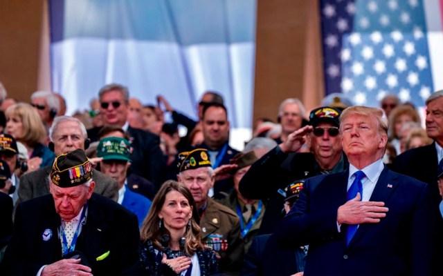 Macron y Trump rinden homenaje a veteranos del desembarco de Normandía - trump veteranos normandía
