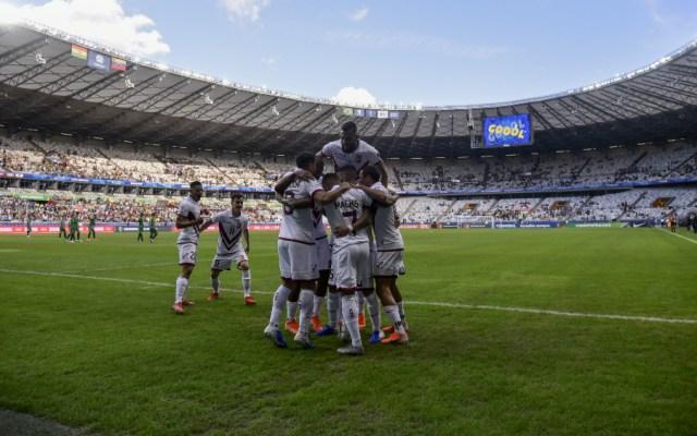 Venezuela vence 3-1 a Bolivia y clasifica a cuartos de Copa América - Foto de AFP