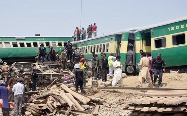 Accidente de tren deja 20 personas muertas y 80 heridos en Pakistán - Accidente de ferrocarril en Pakistán. Foto de EFE
