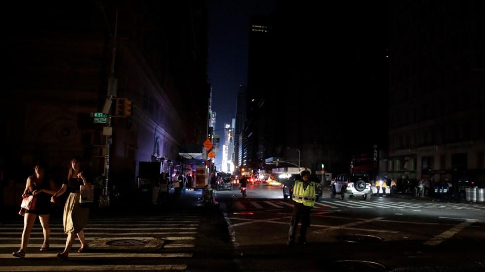Apagón en Nueva York se debió a un cable de distribución defectuoso - nueva york