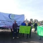 Campesinos cierran la autopista México-Querétaro