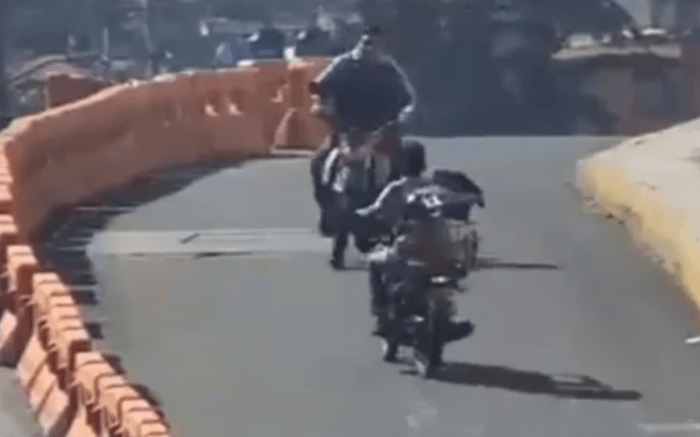#Video Choque de dos motocicletas en el Estado de México - Captura de pantalla