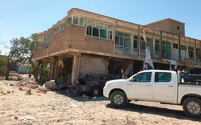 Ataque con coche bomba deja cuatro policías muertos en Afganistán - ataque coche bomba Afganistán