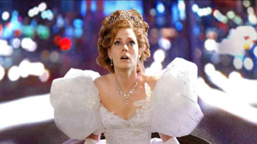 Adelantan secuela de la película de princesas 'Encantada' - Amy Adams como Giselle en 'Encantada'. Foto de Disney