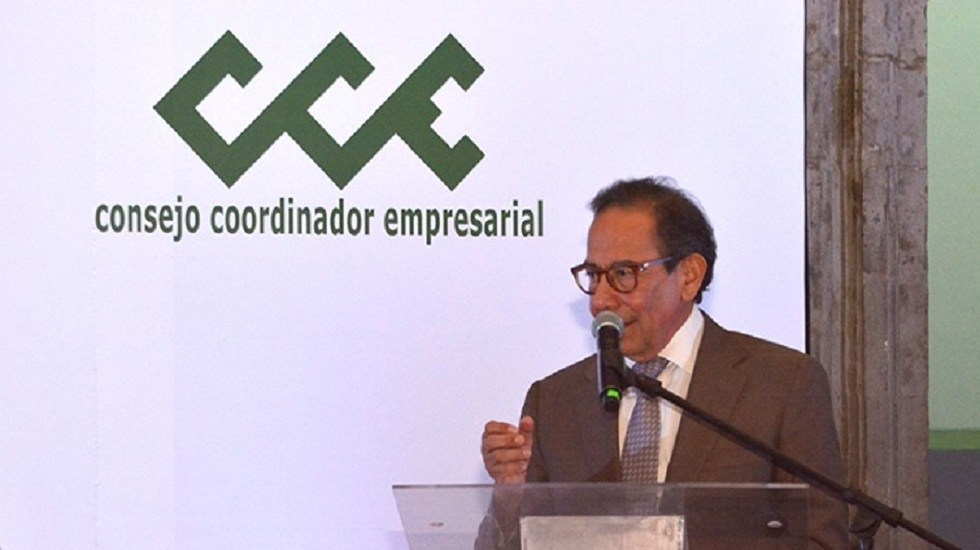 CCE pide mantener estabilidad macroeconómica tras renuncia de Urzúa - Carlos Salazar Lomelín, titular del CCE. Foto de @cceoficialmx