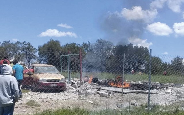 Explosión de polvorín deja dos muertos y un herido en Tlaxcala - Foto de Protección Civil Tlaxcala