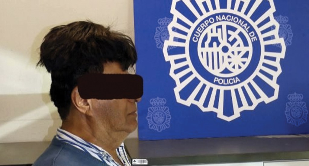 Detienen a hombre que intentó ingresar a España con cocaína escondida en peluquín. Noticias en tiempo real