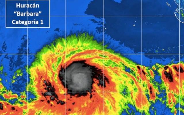 Bárbara se convierte en huracán categoría 1, pero se aleja de las costas mexicanas - Huracán Bábara BCS Categoría 1