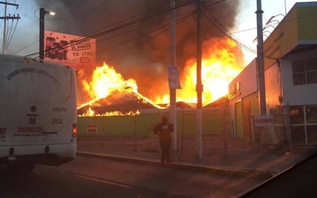 Incendian restaurante ligado a exdelegado de Tláhuac en Querétaro - Incendio restaurante Querétaro Carreta del Pacífico