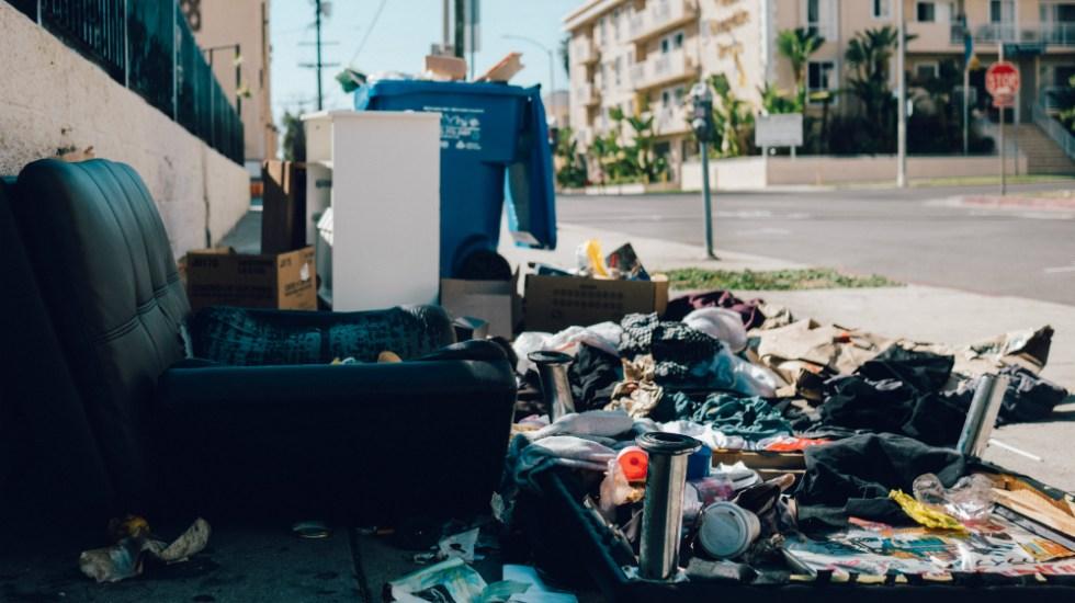 Indigentes demandan a Los Ángeles por tirar sus posesiones a la basura - Foto de Jiroe para Unsplash