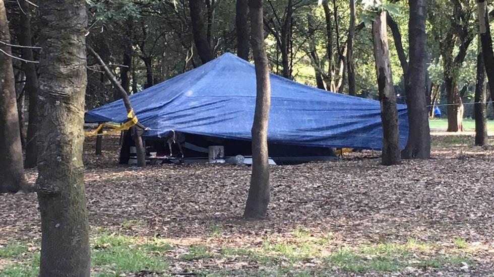 Indigentes instalan campamentos en el bosque de Chapultepec - Indigentes Museo Tamayo