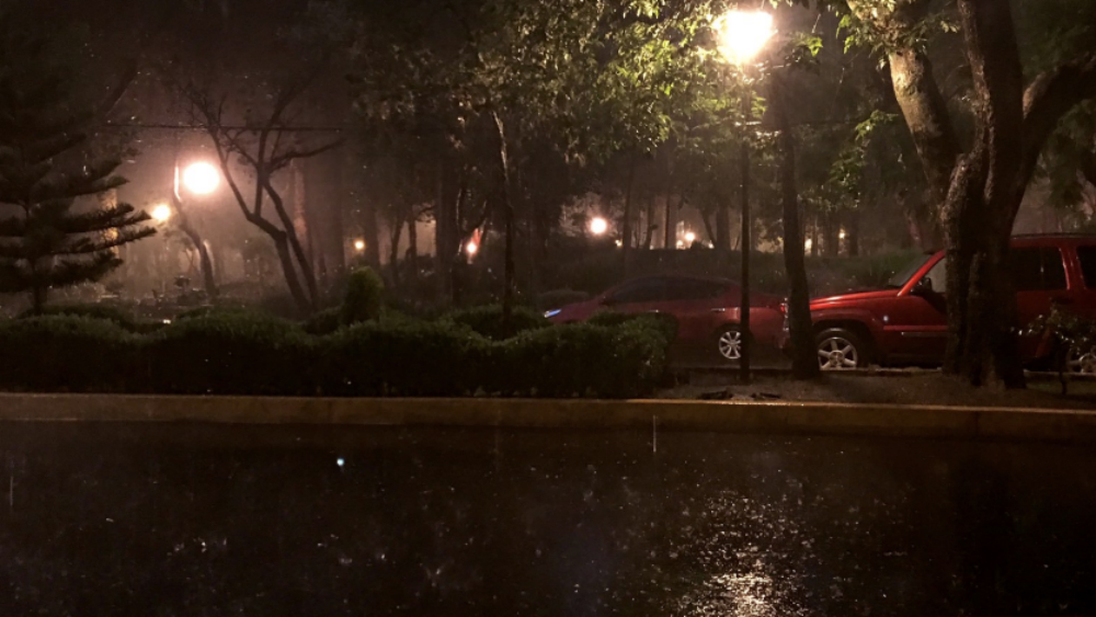 Lluvia provoca afectaciones en la Ciudad de México - Foto de @ElsaCalderon119