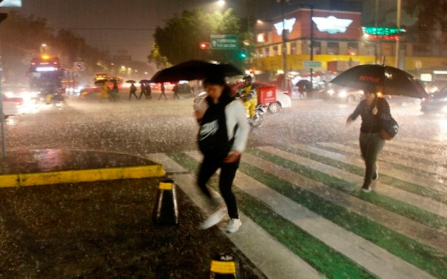 Alerta Amarilla por lluvia y granizo en nueve alcaldías este sábado - lluvias cdmx