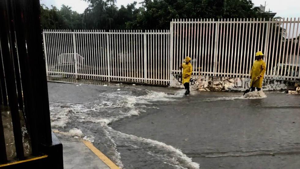 Lluvia provoca encharcamientos y afectaciones en Guadalajara. Noticias en tiempo real