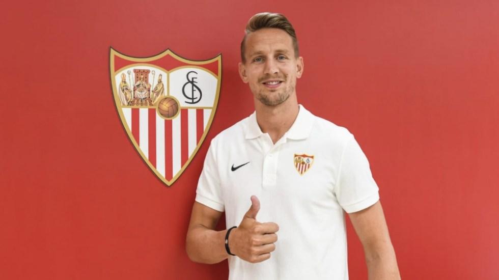 Sevilla anuncia a Luuk de Jong como nuevo refuerzo - Luuk de Jong Sevilla