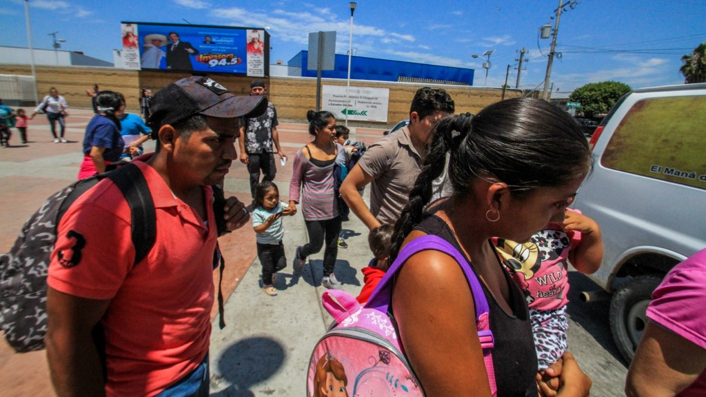 Juicio de asilo mantiene en México a 23 mil migrantes. Noticias en tiempo real
