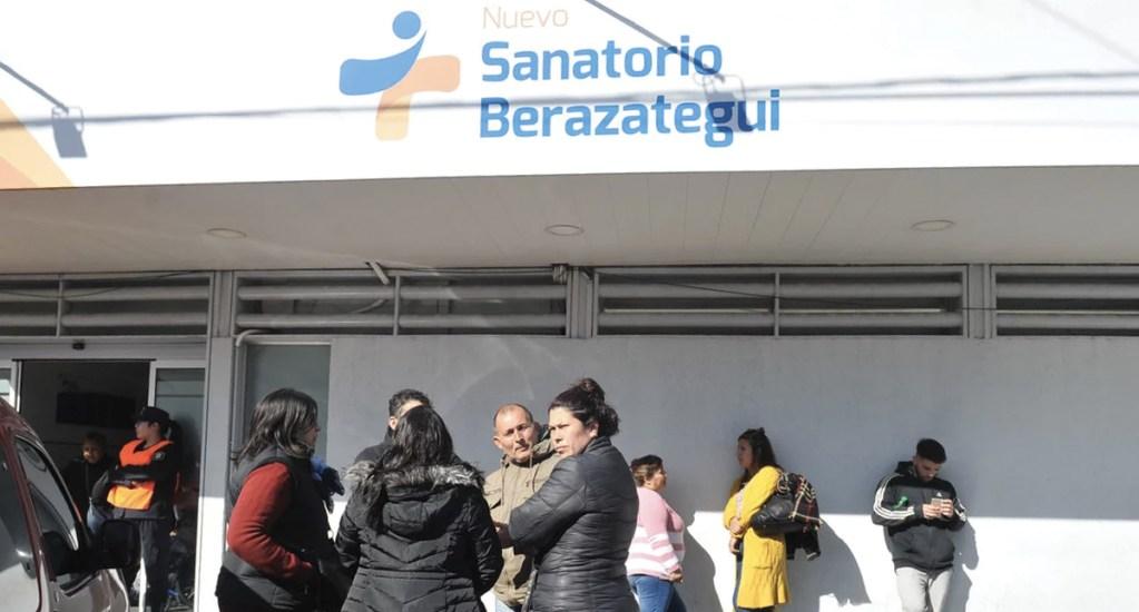 Denuncian a clínica por extirpar vesícula de mujer por error - Foto de Clarín