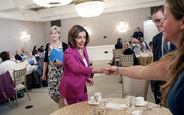 Avanza en Congreso estadounidense análisis de T-MEC: Pelosi a Batres - Foto de @SpeakerPelosi