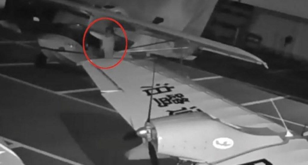 #Video Niño intenta pilotar dos hidroaviones en China - Captura de pantalla