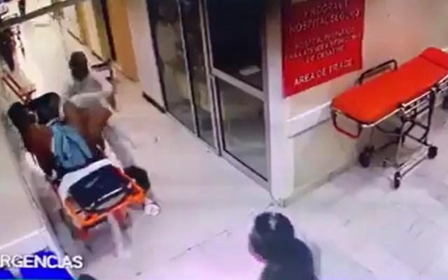 #Video Paciente golpea a enfermera en hospital de Chiapas - Paciente golpea a enfermera de hospital en Chiapas. Captura de pantalla