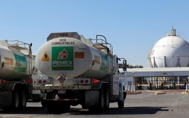 Industriales insisten en disminuir el IEPS del diésel - Pemex