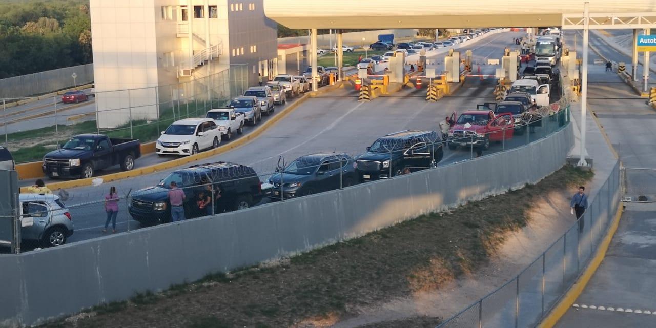 Migrantes cubanos intentan ingresar por la fuerza a EE. UU