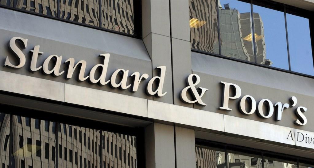 Standard and Poor's advierte pocas posibilidades de que inversión se reactive - Foto de EFE