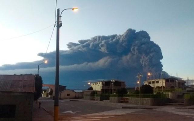Alerta naranja por explosiones y emisión de ceniza en volcán de Perú - volcán Ubillas Perú