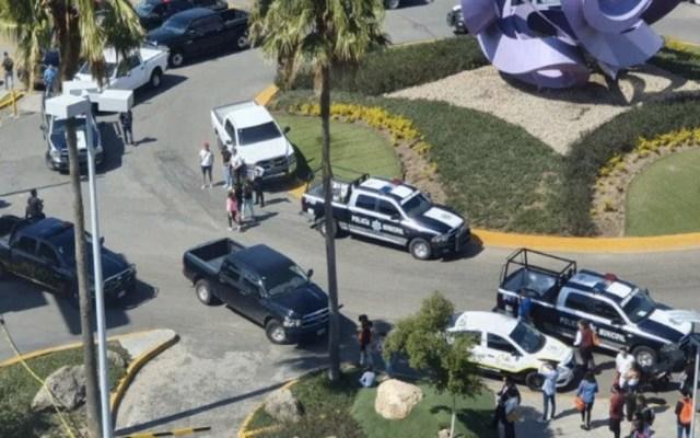 Balacera en centro comercial de Zapopan deja al menos dos muertos - Zapopan Jalisco balacera plaza