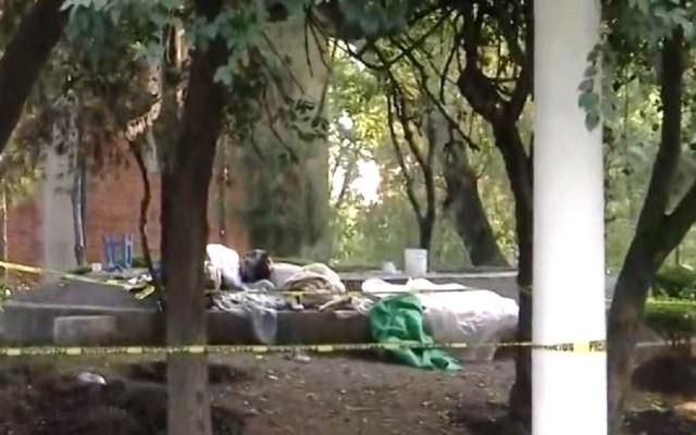Agreden y queman a indigentes en Parque Lira - Zona del Parque Lira donde fueron quemados vivos dos indigentes. Foto de Noticieros Televisa
