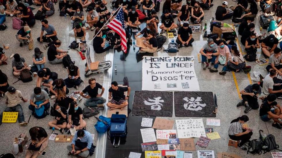 Aeropuerto de Hong Kong suspende vuelos por segundo día ante protestas - aeropuerto de hong kong