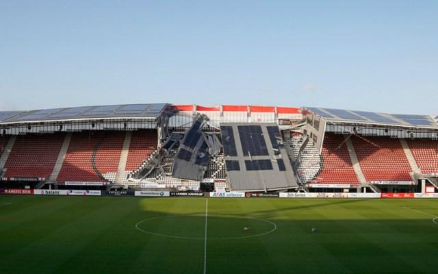 Viento derrumba parte del techo del estadio de AZ Alkmaar - Foto de AZ Alkmaar