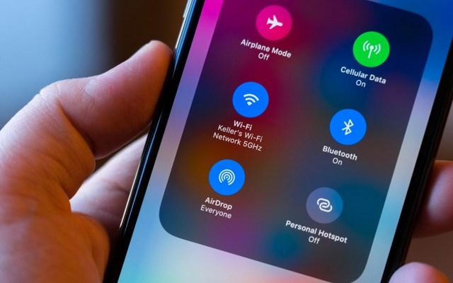 Vulnerabilidad en AirDrop revela el número telefónico de tu iPhone - AirDrop iPhone
