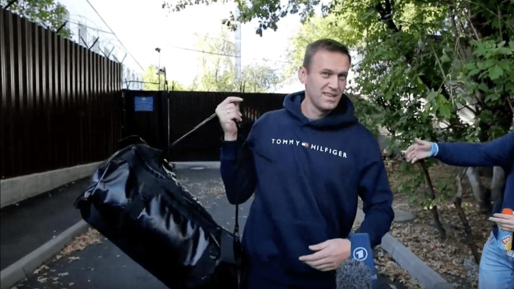 Exámenes hechos a opositor ruso Alexei Navalni refuerzan tesis del envenenamiento - Foto de Maxim Shipenkov