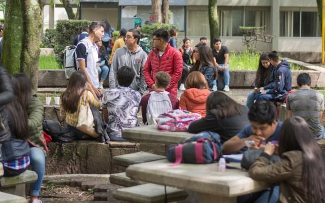 Asaltan a alumnos de FES Acatlán en 'sendero seguro' - Alumnos de la FES Acatlán. Foto de @FES_ACATLAN
