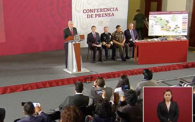 Sin demora la distribución de libros de texto: López Obrador - amlo libros