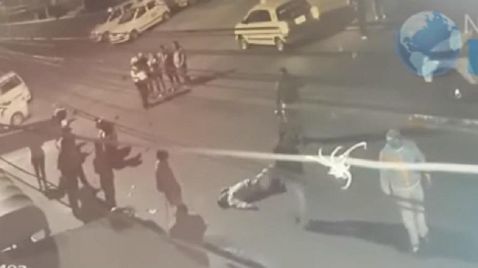 #Video Cantante asesina a ladrón que mató a su esposa durante asalto - Asaltante asesinado por cantante en Colombia. Captura de pantalla