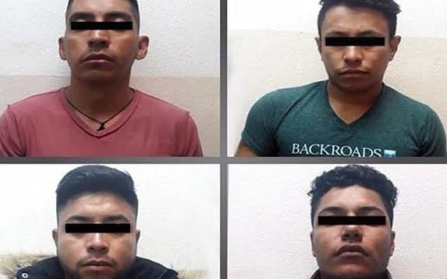 Detienen a presuntos asaltantes de estudiantes de FES Acatlán - Asaltantes detenidos en Naucalpan. Foto de Milenio