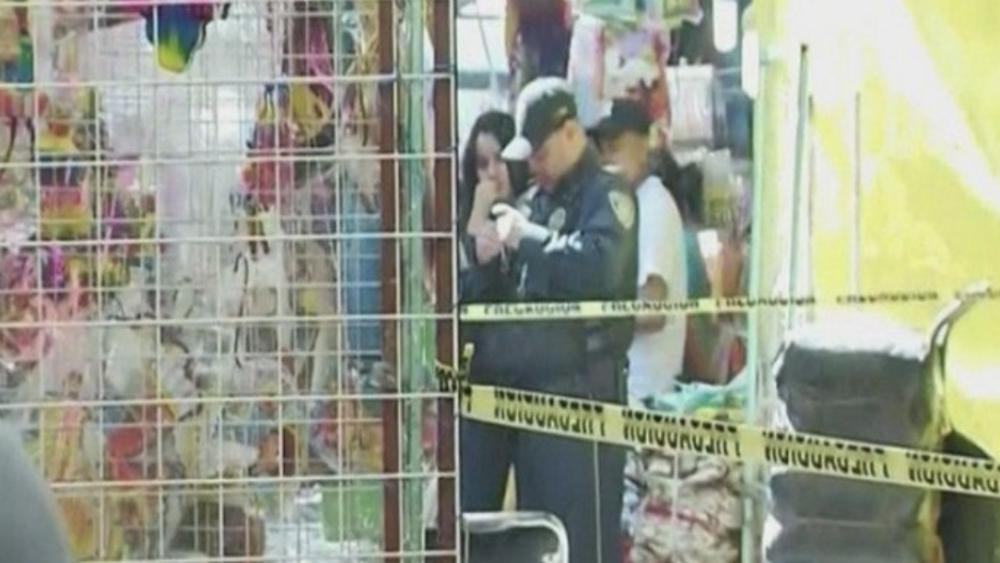 Asesinan a balazos a comerciante en La Merced - Foto de Noticieros Televisa