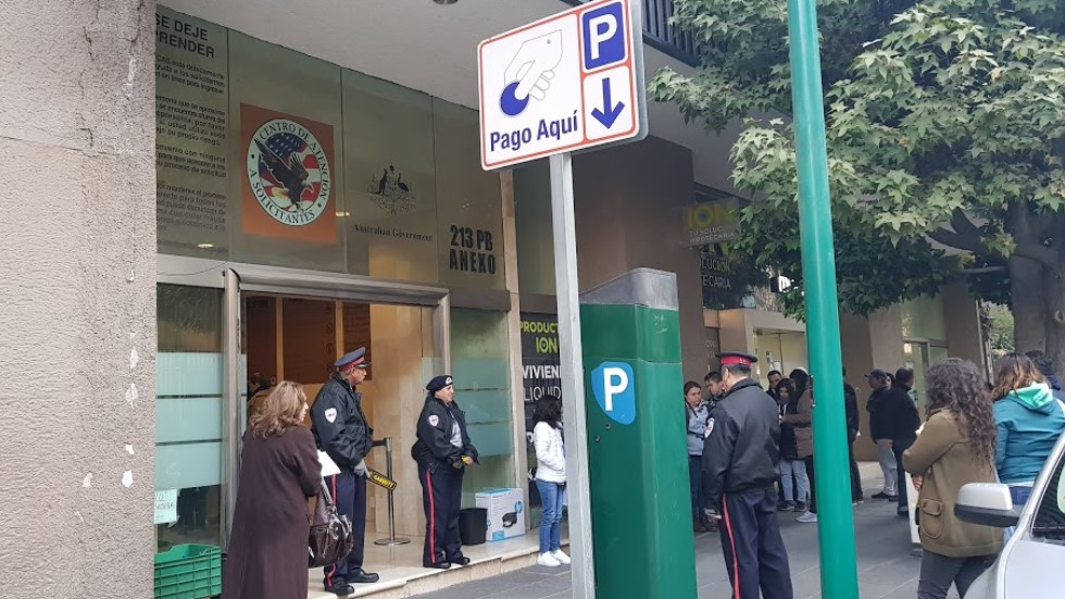 Suspenderán trámites en embajada y consulados de EE.UU. en México por COVID-19 - Centro de Atención a Solicitantes de la embajada de EE.UU. en México. Foto de Luis Goico / Google Maps