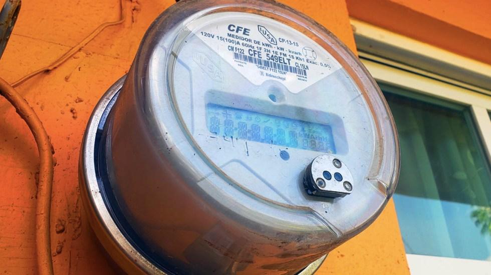 Tarifa eléctrica de bajo consumo subió 8.6 % en sexenio de AMLO, asegura CFE - CFE medidor Comisión Federal de Electricidad tarifa reforma eléctrica