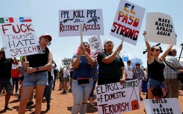 Latinos protestan en El Paso contra odio y racismo a una semana de la matanza - Foto de EFE