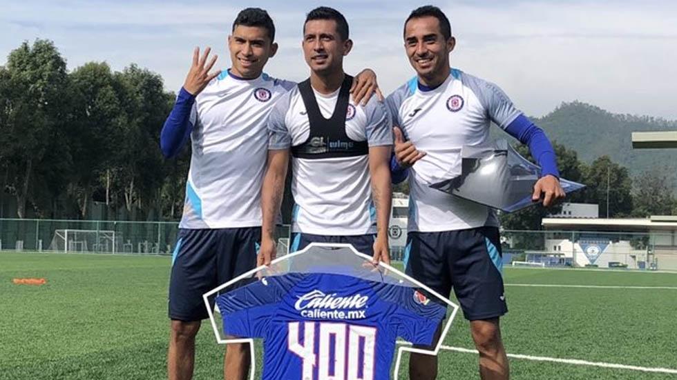 Cruz Azul celebra partido 400 de Elías Hernández en Liga MX - Elías Hernández Cruz Azul