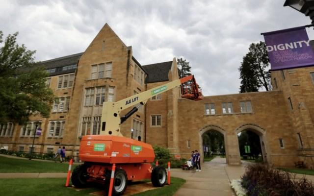 Desalojan edificio en universidad de Minnesota por amenaza de bomba - Foto de Star Tribune