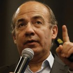 Cuestiona Felipe Calderón probable gira de AMLO la próxima semana