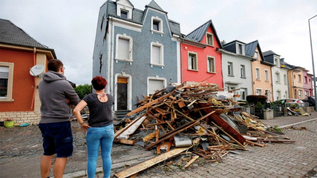Tornado y rayo dejan 34 heridos en Europa - fenomenos naturales europa heridos