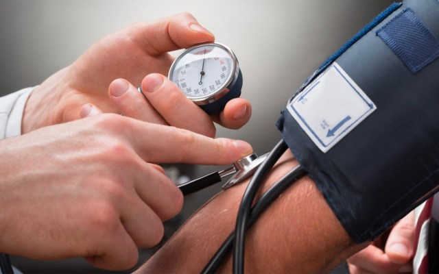 Uno de cada tres adultos en México padecen hipertensión: IMSS - hipertensión