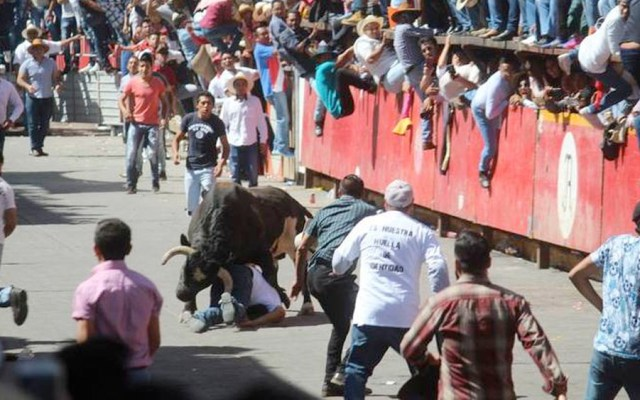 Huamantlada deja 10 personas lesionadas - humantlada
