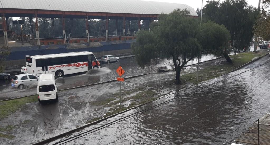 Fuertes lluvias afectan zona oriente de la Ciudad de México - Foto de El Sol de México