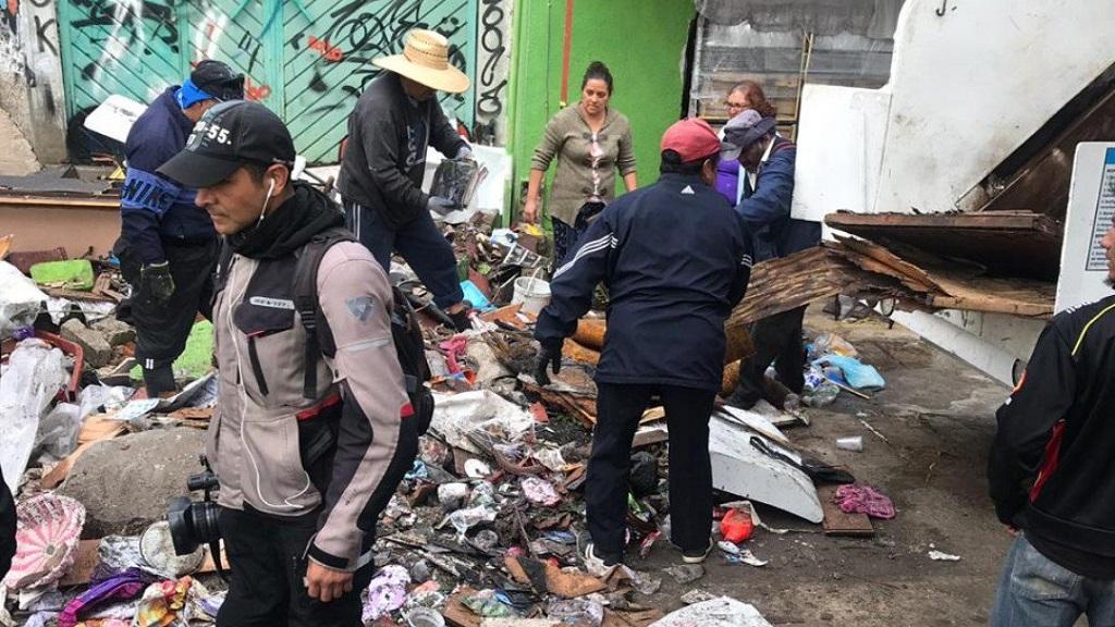 Continúa limpieza en Nicolás Romero tras inundación por desbordamiento de río. Noticias en tiempo real